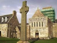 st-martins-cross-iona-abbey.jpg
