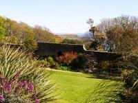 jura-house-garden.jpg