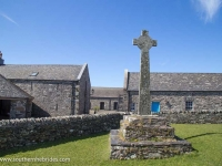 oronsay-priory-large-cross