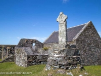 oronsay-priory-little-cross