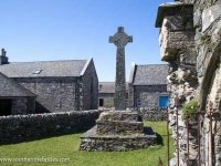 oronsay-priory-llarge-cross-3