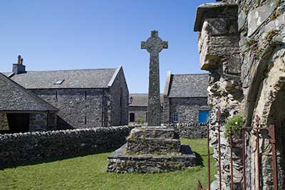 Oronsay Priory and Cross