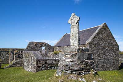 Oronsay Priory and Little Cross