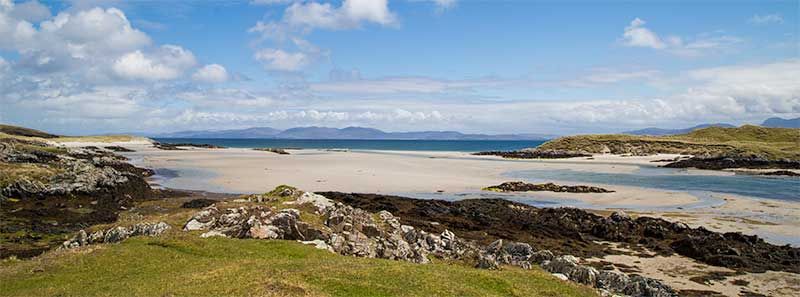 Area East of The Strand between Colonsay and Oronsay